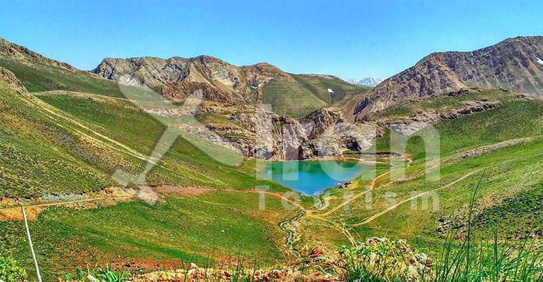 Lazour lake